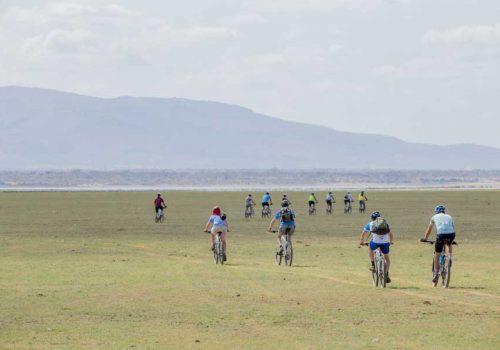 Tanzania_Cycling_Lake-Manyara-Tatyana Leonov