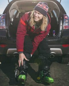 Russ-Renshaw-Red-Bull snowboarding