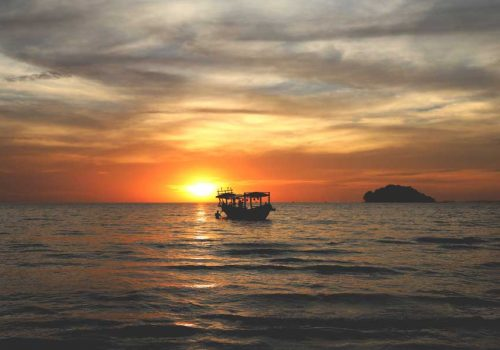 6 REASONS A BEACH HOLIDAY IN CAMBODIA BEATS PHUKET