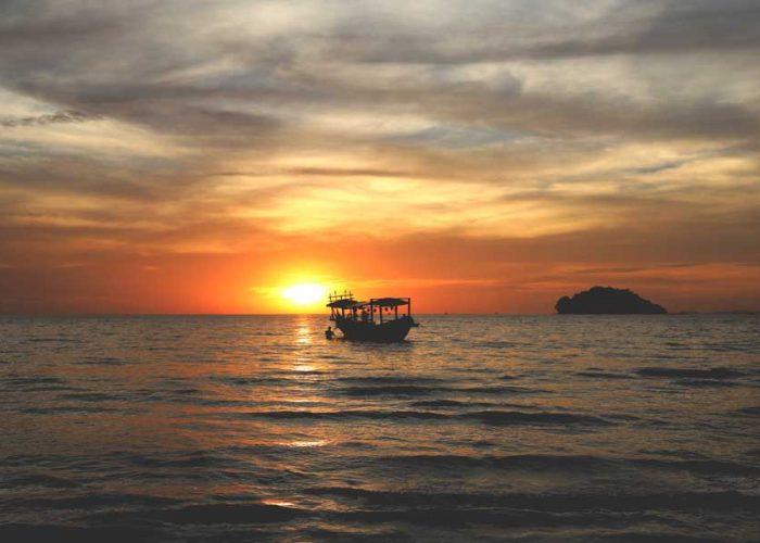 6 REASONS A BEACH HOLIDAY IN CAMBODIA BEATS PHUKET