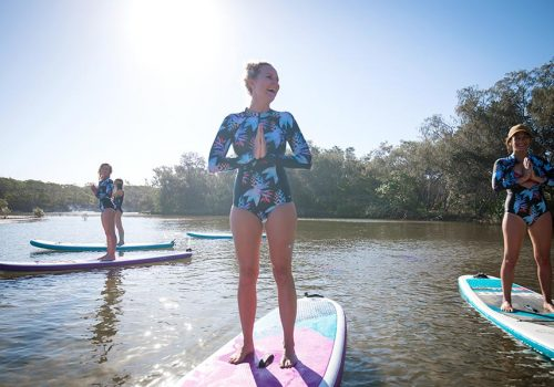 SUP_paddle_boarding_yoga