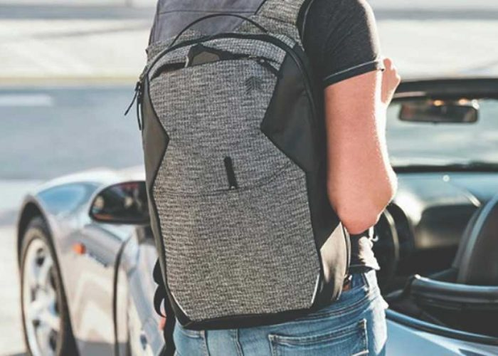 5 REASONS WE'RE OBSESSED WITH THIS BACKPACK
