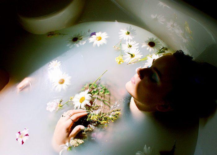 5 OF THE BEST NO-NASTIES BUBBLE BATHS TO SOAK IN
